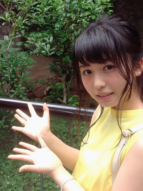 【長濱ねるグラビア画像】アイドルグループ欅坂46メンバーの美少女が魅せるビキニ姿! 82