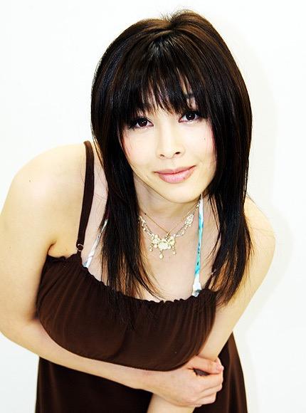 【松坂南エロ画像】バスト115cmのド迫力Lカップ超乳グラドルのヘアヌード! 23
