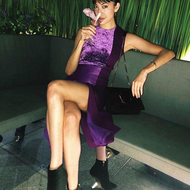 【森星キャプ画像】175cmの長身ボディが美しいファッションモデルのTVCM画像 74
