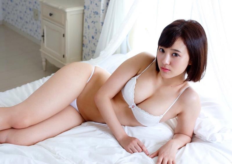 【西原愛夏エロ画像】現役歯科衛生士でグラビアアイドルをしている巨乳美人お姉さん 77