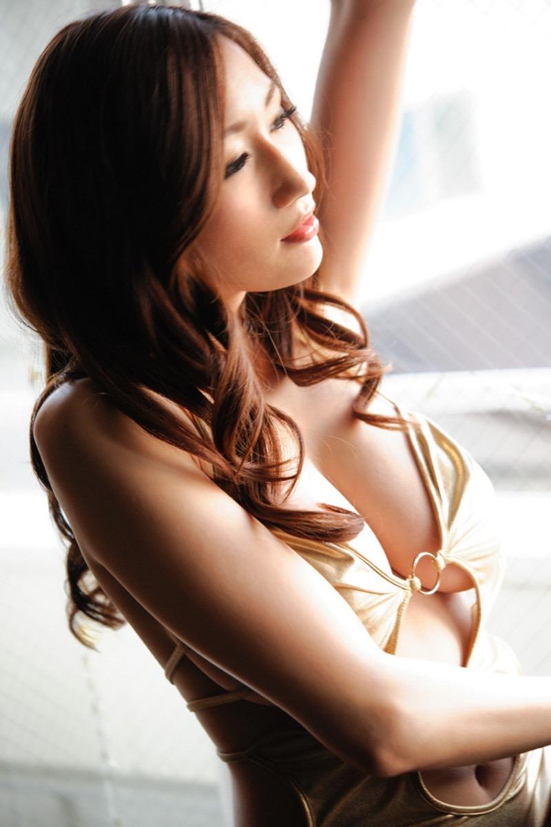 【JULIAグラビア画像】色白Jカップ美爆乳がめちゃシコな美人AV女優のヘアヌード! 44