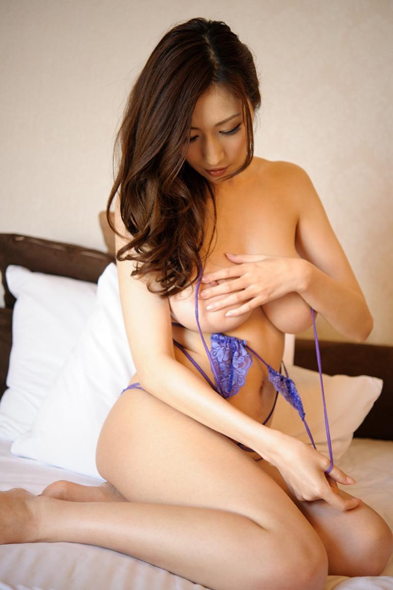 【JULIAグラビア画像】色白Jカップ美爆乳がめちゃシコな美人AV女優のヘアヌード! 57