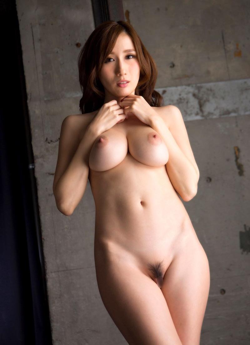 【JULIAグラビア画像】色白Jカップ美爆乳がめちゃシコな美人AV女優のヘアヌード! 63