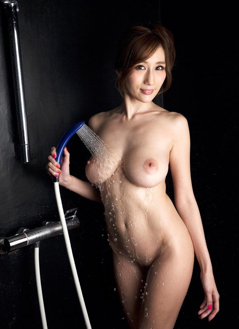 【JULIAグラビア画像】色白Jカップ美爆乳がめちゃシコな美人AV女優のヘアヌード! 64
