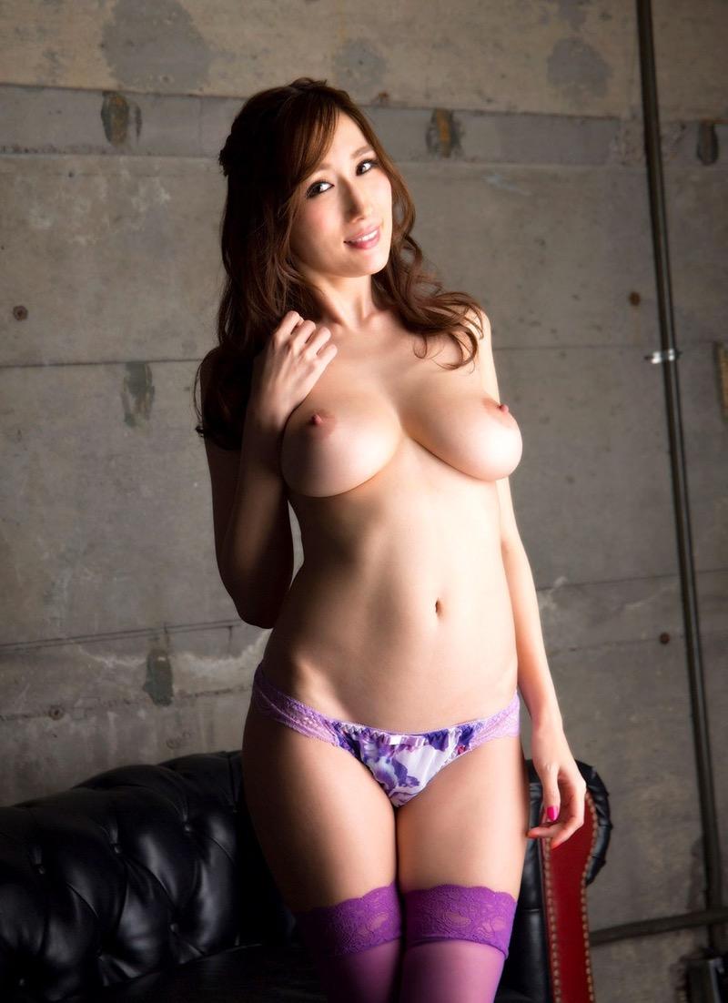 【JULIAグラビア画像】色白Jカップ美爆乳がめちゃシコな美人AV女優のヘアヌード! 67