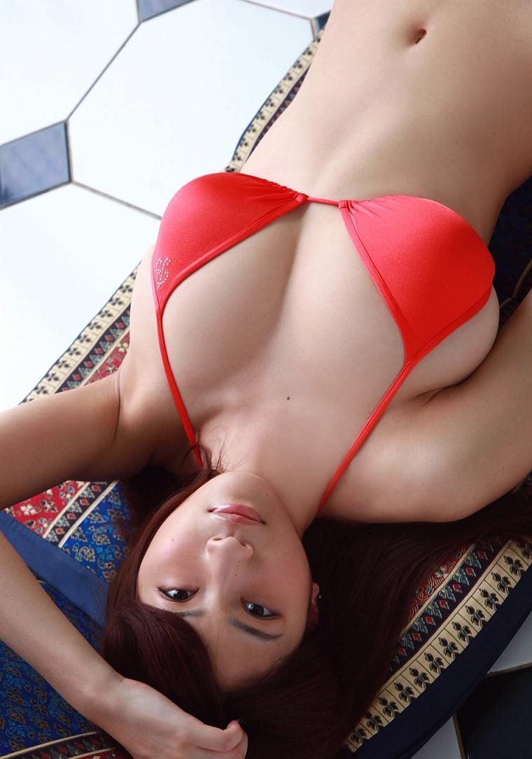 【護あさなグラビア画像】長身爆乳でくびれ腰っていうボディが激エロいグラビアアイドル! 36