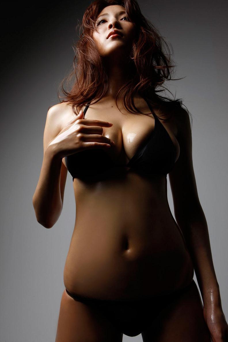【護あさなグラビア画像】長身爆乳でくびれ腰っていうボディが激エロいグラビアアイドル! 51