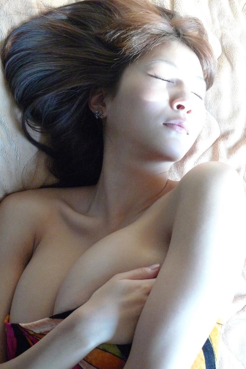 【護あさなグラビア画像】長身爆乳でくびれ腰っていうボディが激エロいグラビアアイドル! 57