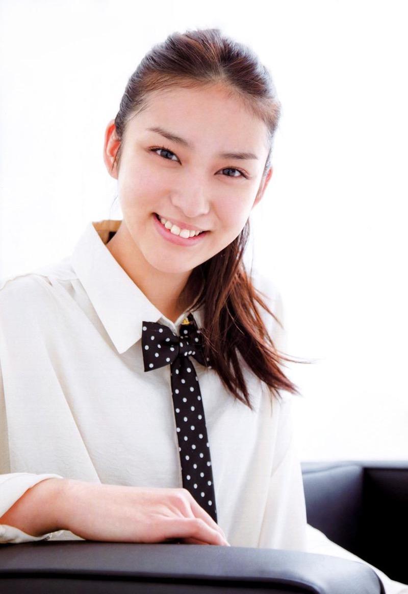 【武井咲グラビア画像】一児の母とは思えない可愛くてセクシーな一面も魅せるファッションモデル 65