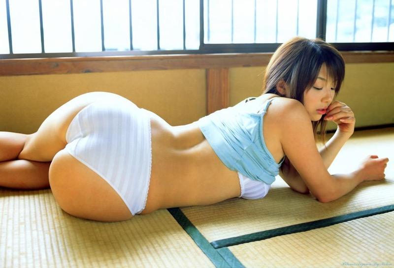 【相澤仁美グラビア画像】Iカップ爆乳で人気だったものの干されてしまったグラビアアイドル