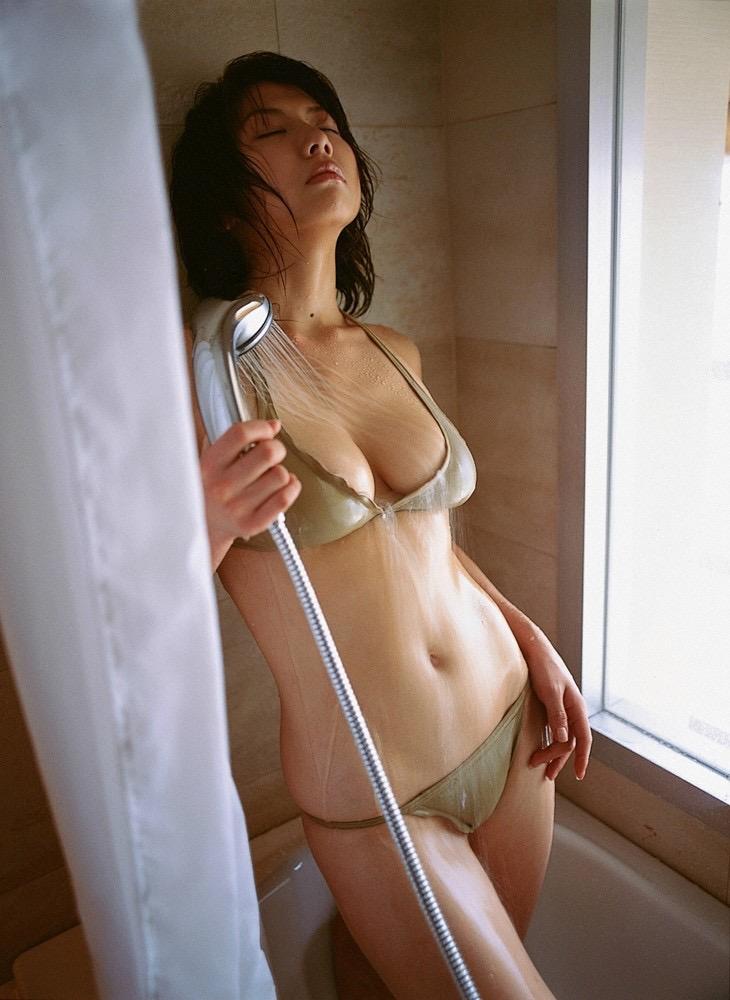 【相澤仁美グラビア画像】Iカップ爆乳で人気だったものの干されてしまったグラビアアイドル 31