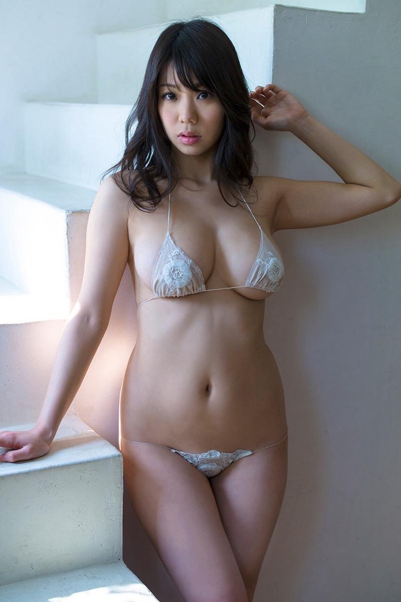 【鈴木ふみ奈グラビア画像】貝殻ビキニが似合うIカップ爆乳エロボディのグラビアアイドル 58