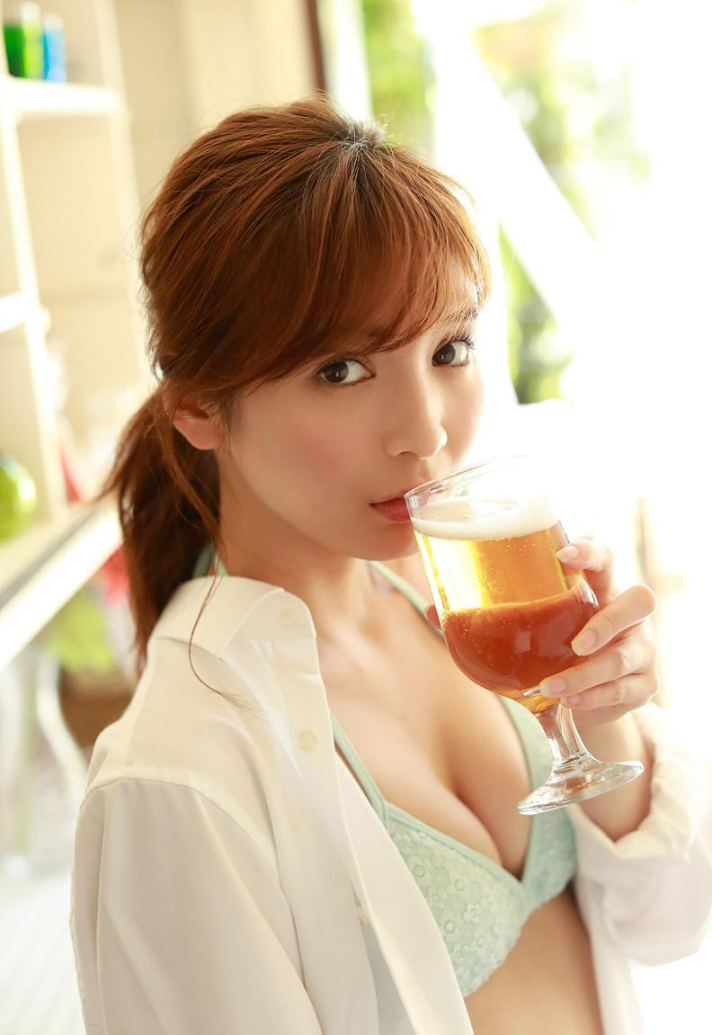 【ほのかグラビア画像】綺麗でしなやかなスレンダーBカップボディがソソるグラビアモデル 34