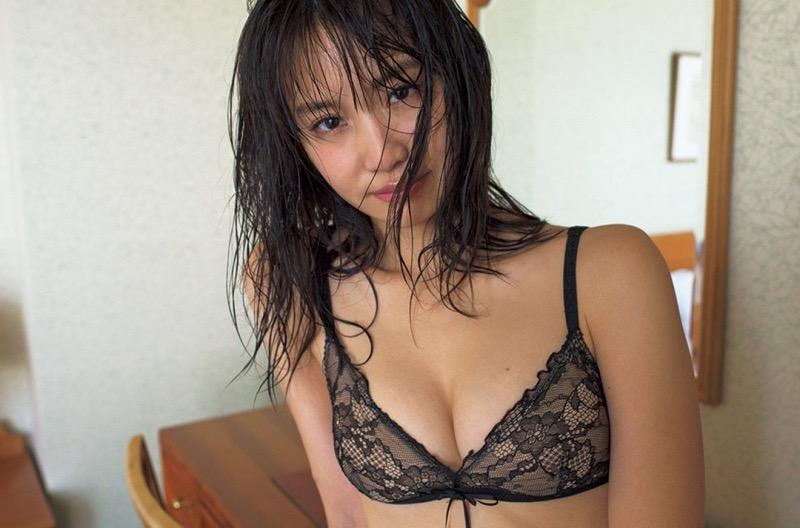 【永尾まりやグラビア画像】元AKB48アイドルが魅せるビキニやランジェリー姿のセクシーショット! 08