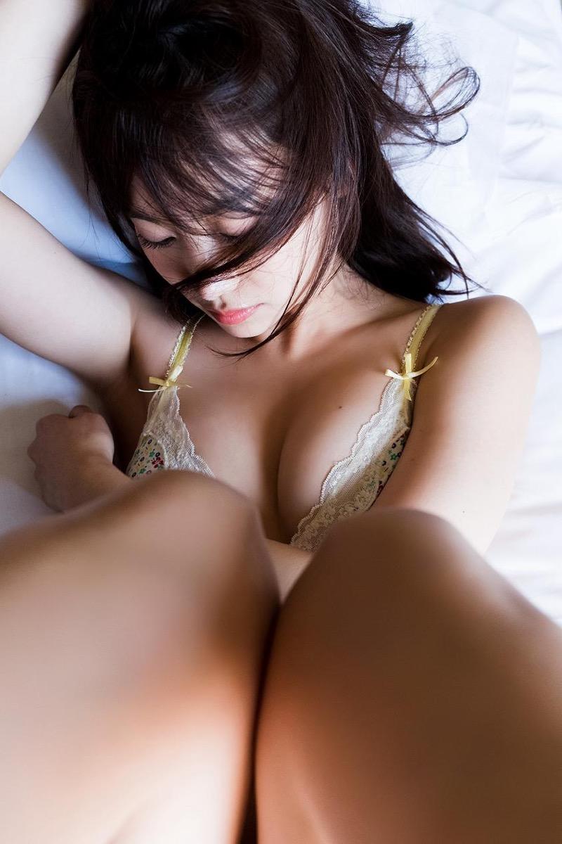 【永尾まりやグラビア画像】元AKB48アイドルが魅せるビキニやランジェリー姿のセクシーショット! 32