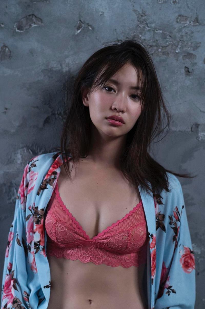 【永尾まりやグラビア画像】元AKB48アイドルが魅せるビキニやランジェリー姿のセクシーショット! 46