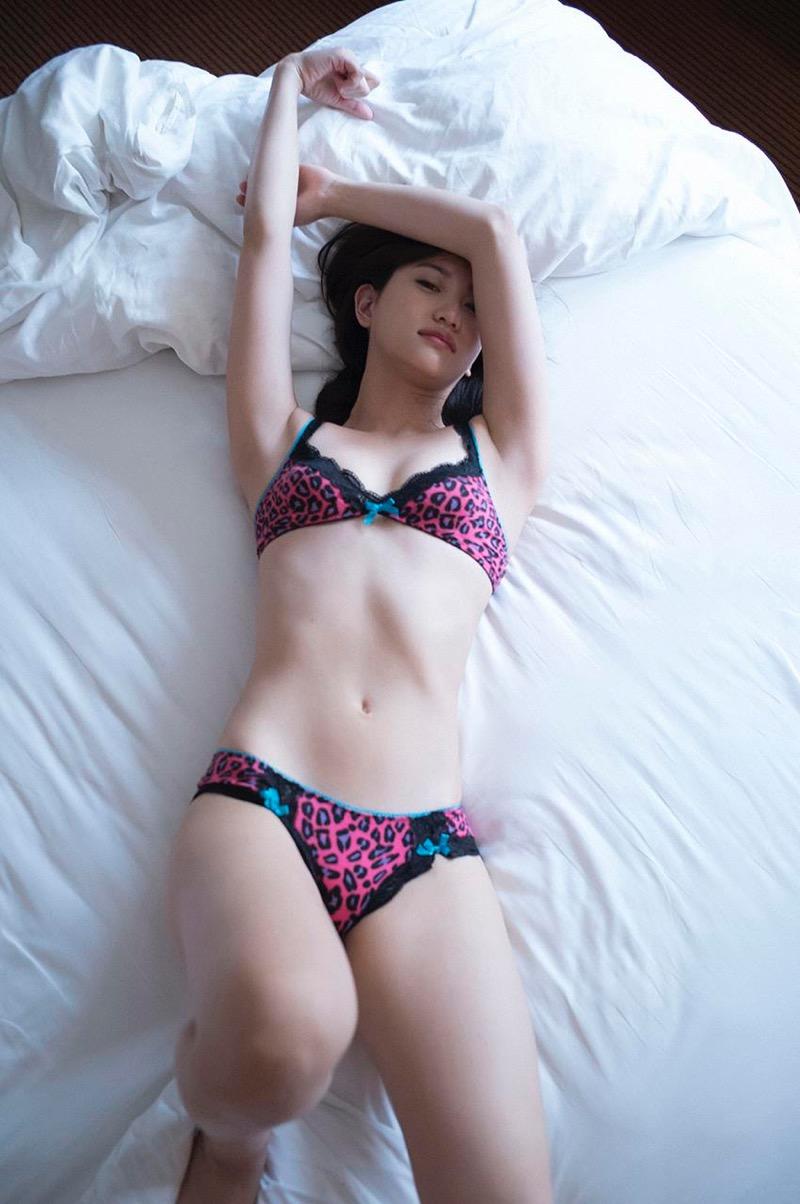 【永尾まりやグラビア画像】元AKB48アイドルが魅せるビキニやランジェリー姿のセクシーショット! 47