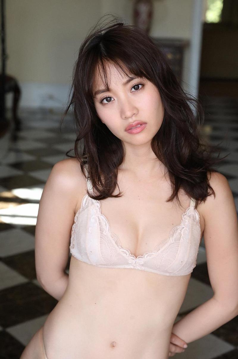 【永尾まりやグラビア画像】元AKB48アイドルが魅せるビキニやランジェリー姿のセクシーショット! 52