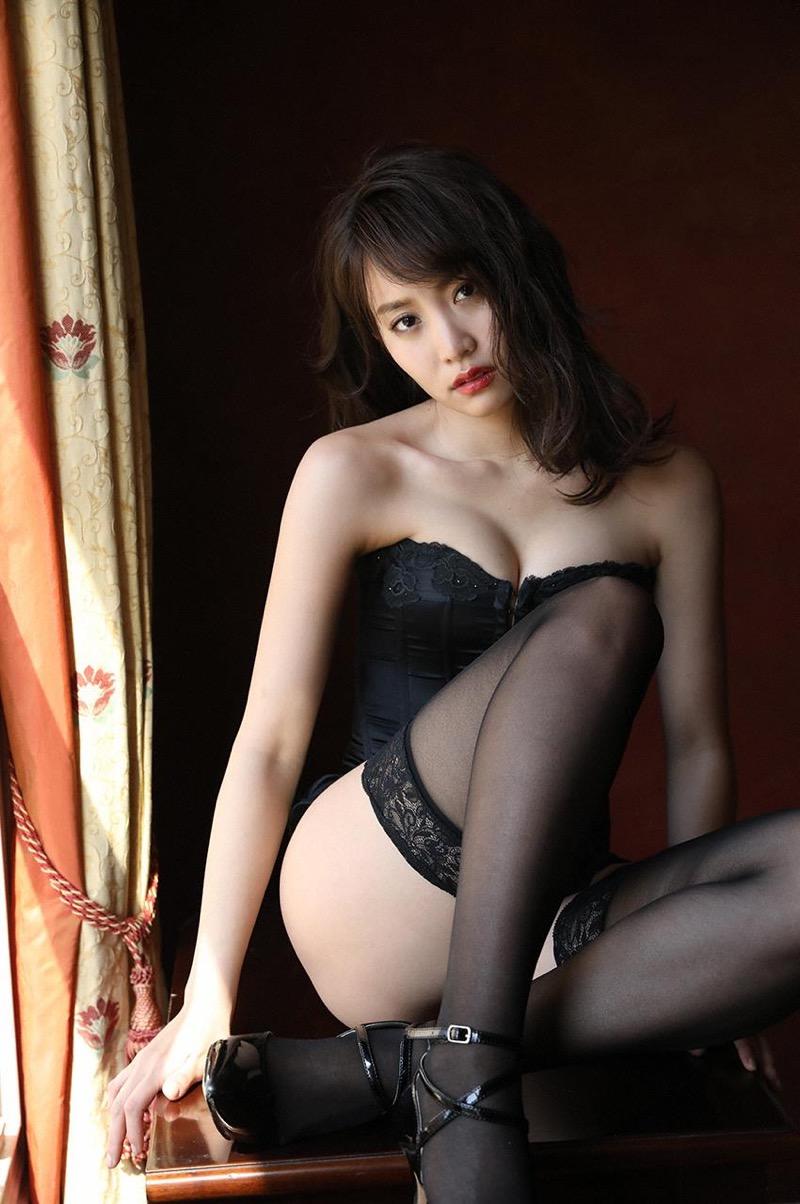 【永尾まりやグラビア画像】元AKB48アイドルが魅せるビキニやランジェリー姿のセクシーショット! 53