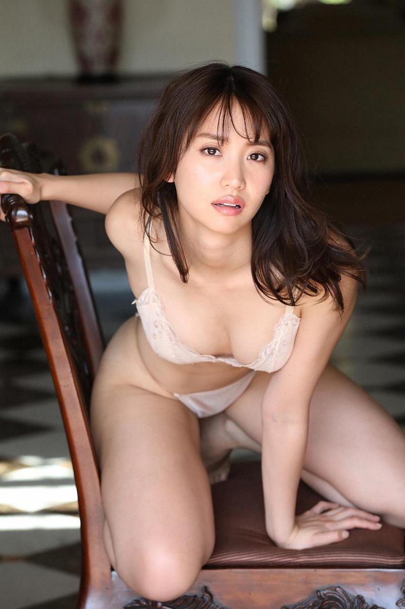 【永尾まりやグラビア画像】元AKB48アイドルが魅せるビキニやランジェリー姿のセクシーショット! 55