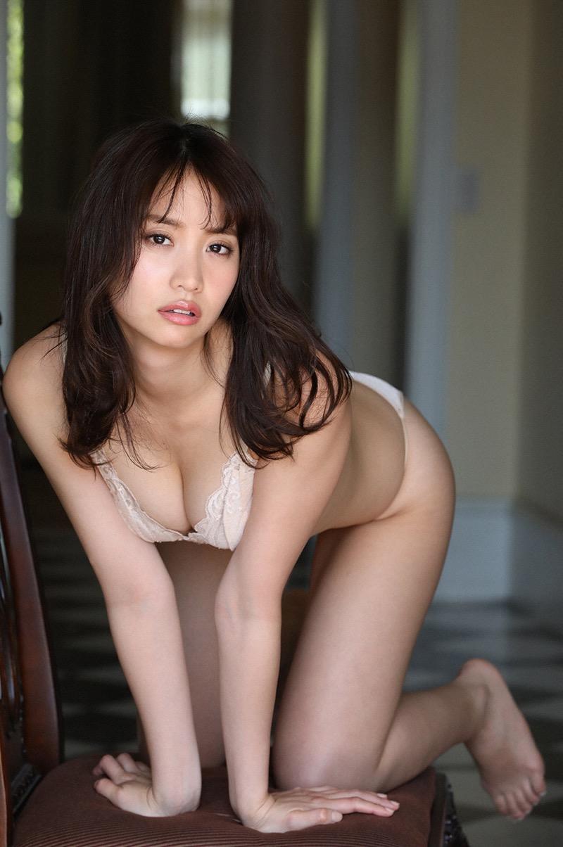 【永尾まりやグラビア画像】元AKB48アイドルが魅せるビキニやランジェリー姿のセクシーショット! 56