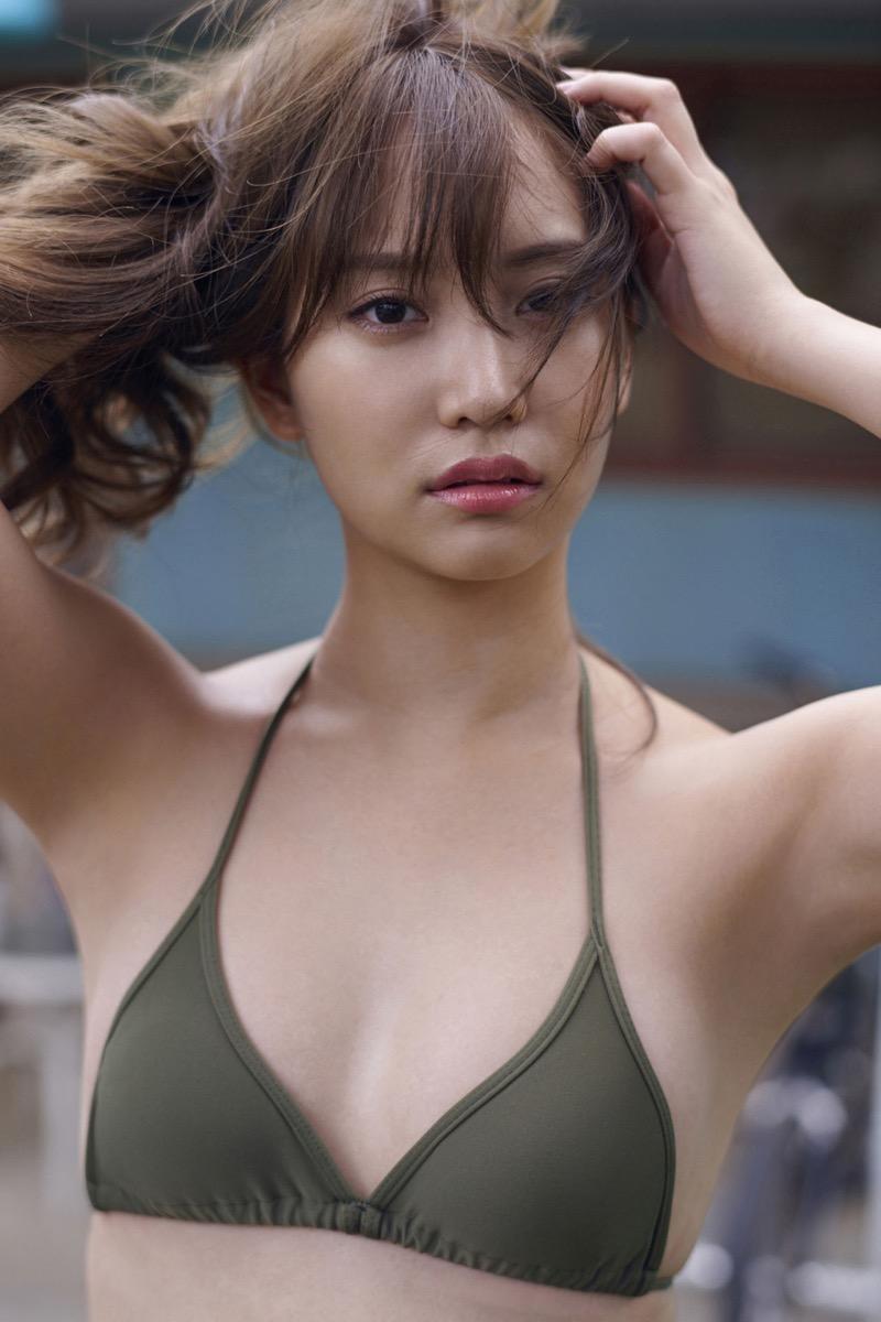 【永尾まりやグラビア画像】元AKB48アイドルが魅せるビキニやランジェリー姿のセクシーショット! 80