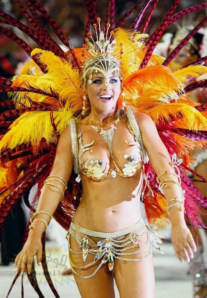 【素人サンバエロ画像】サンバカーニバルで大衆の前で大胆に身体を晒す露出女! 36