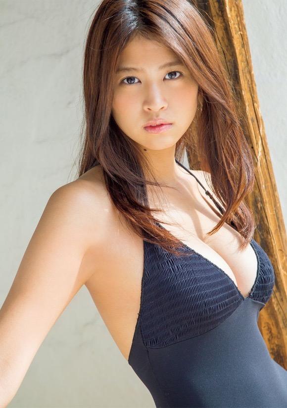 【西崎莉麻エロ画像】スレンダーなクビレボディにEカップ巨乳がエロいグラビアアイドル 18