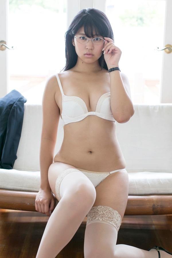 【西崎莉麻エロ画像】スレンダーなクビレボディにEカップ巨乳がエロいグラビアアイドル 27