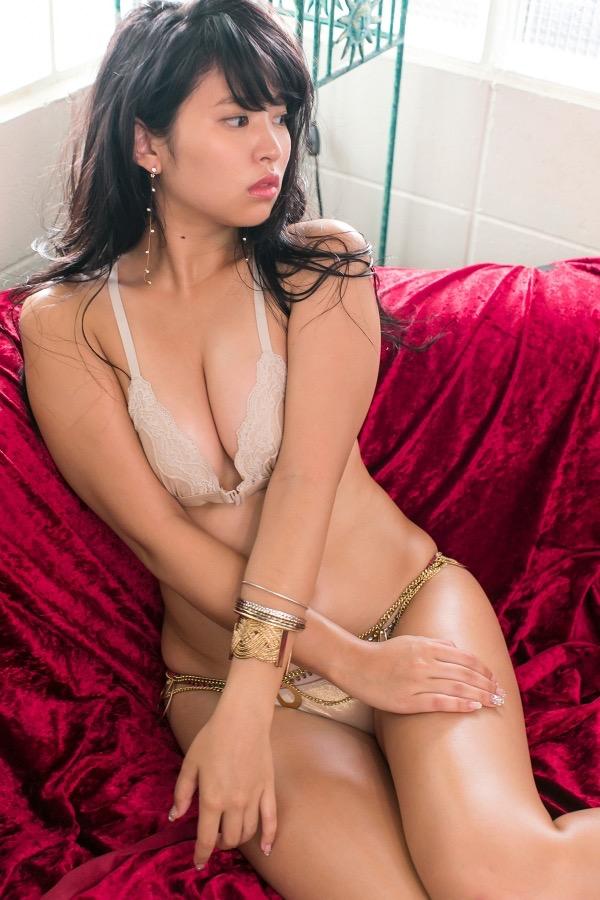 【西崎莉麻エロ画像】スレンダーなクビレボディにEカップ巨乳がエロいグラビアアイドル 29