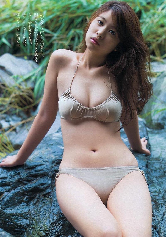 【西崎莉麻エロ画像】スレンダーなクビレボディにEカップ巨乳がエロいグラビアアイドル 51