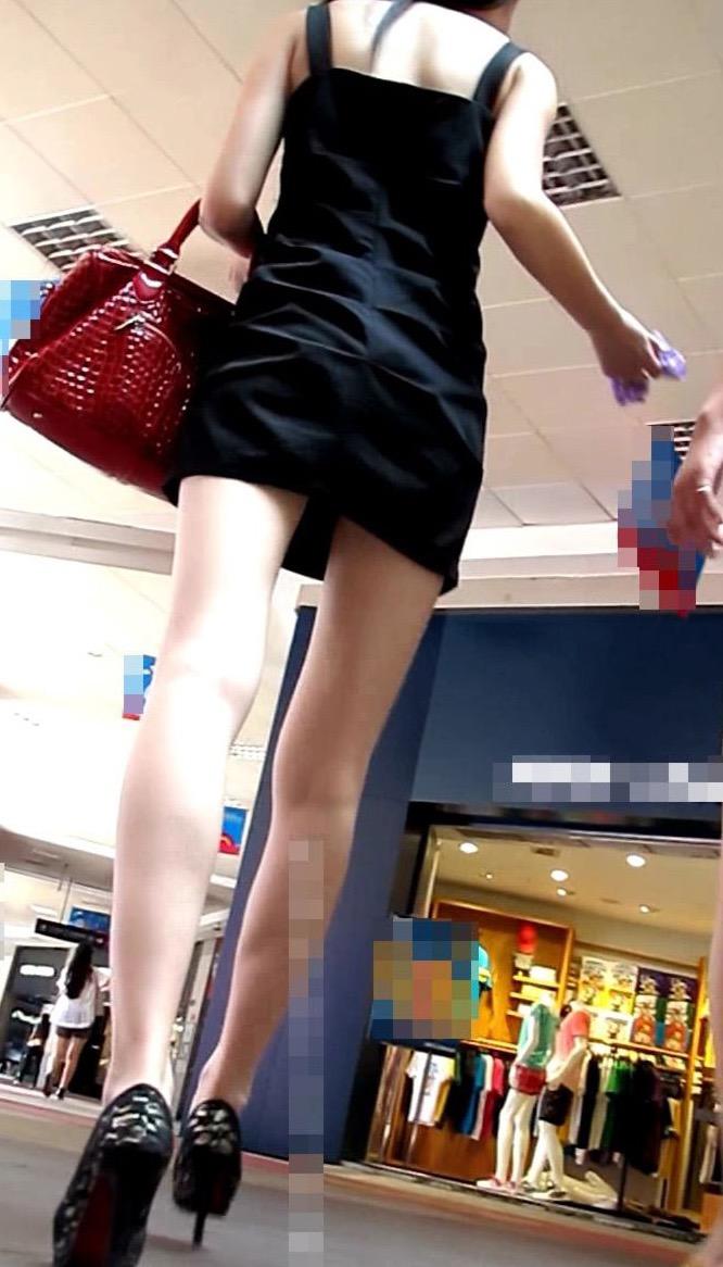 【ミニスカエロ画像】春になってパンチラも気にせずミニスカートに穿き替える素人娘たち 67