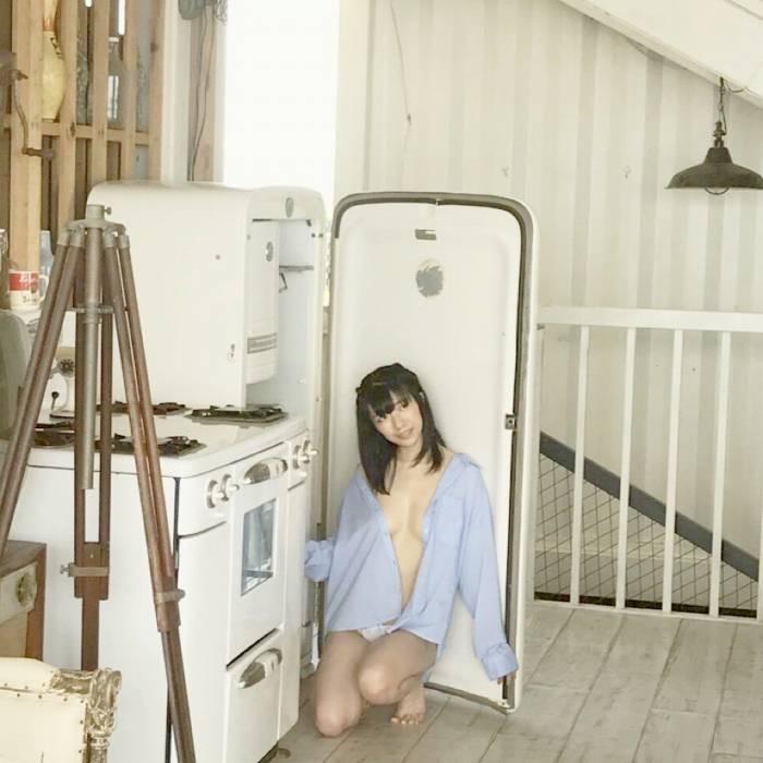【ぱいぱいでか美エロ画像】インパクトありすぎる芸名で生き残ってきたブサかわ巨乳タレント 20