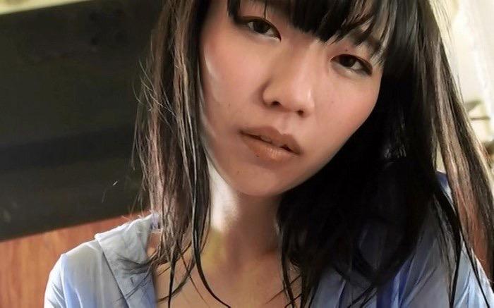 【ぱいぱいでか美エロ画像】インパクトありすぎる芸名で生き残ってきたブサかわ巨乳タレント 55
