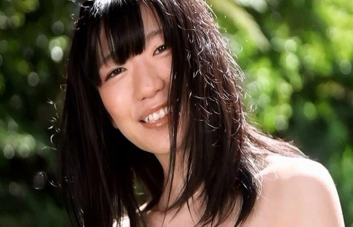 【ぱいぱいでか美エロ画像】インパクトありすぎる芸名で生き残ってきたブサかわ巨乳タレント 78