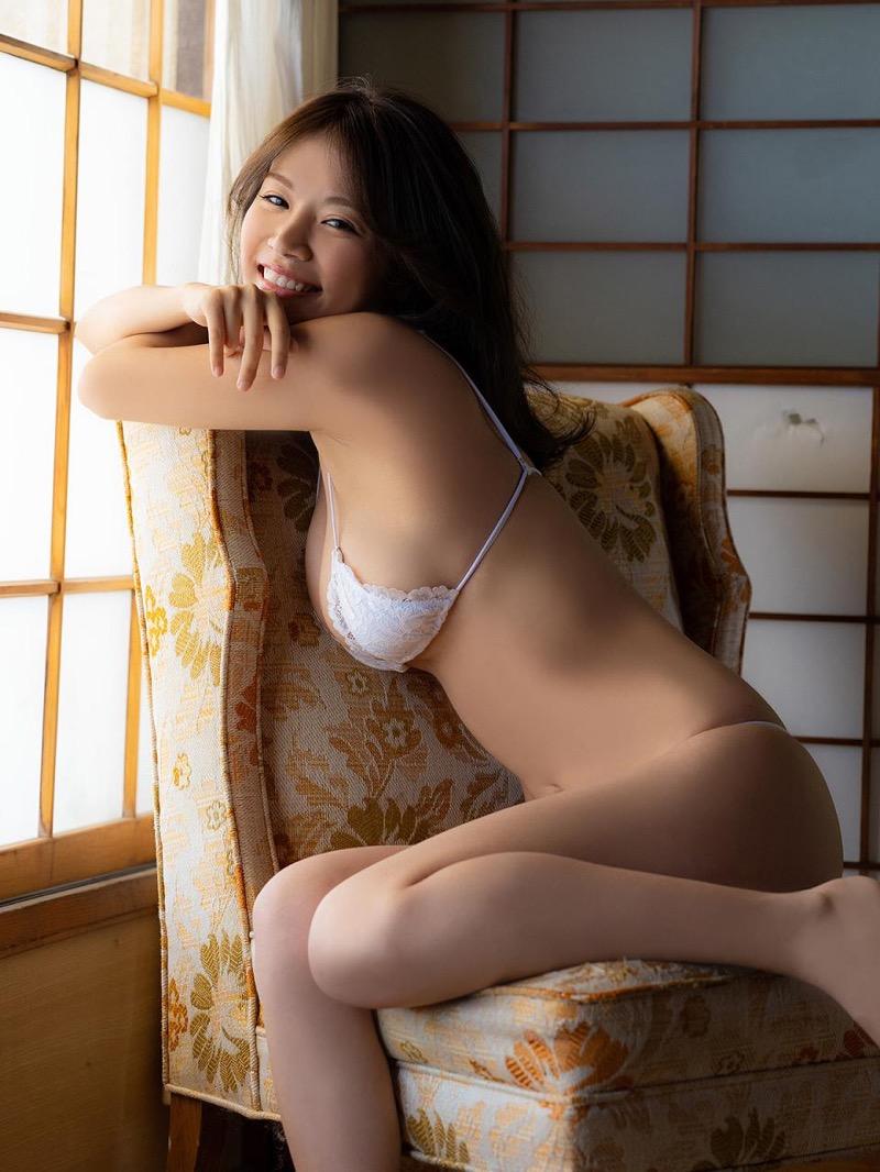 【菜乃花グラビア画像】同居している妹が激似で双子みたいで可愛いと話題の爆乳グラドル 55