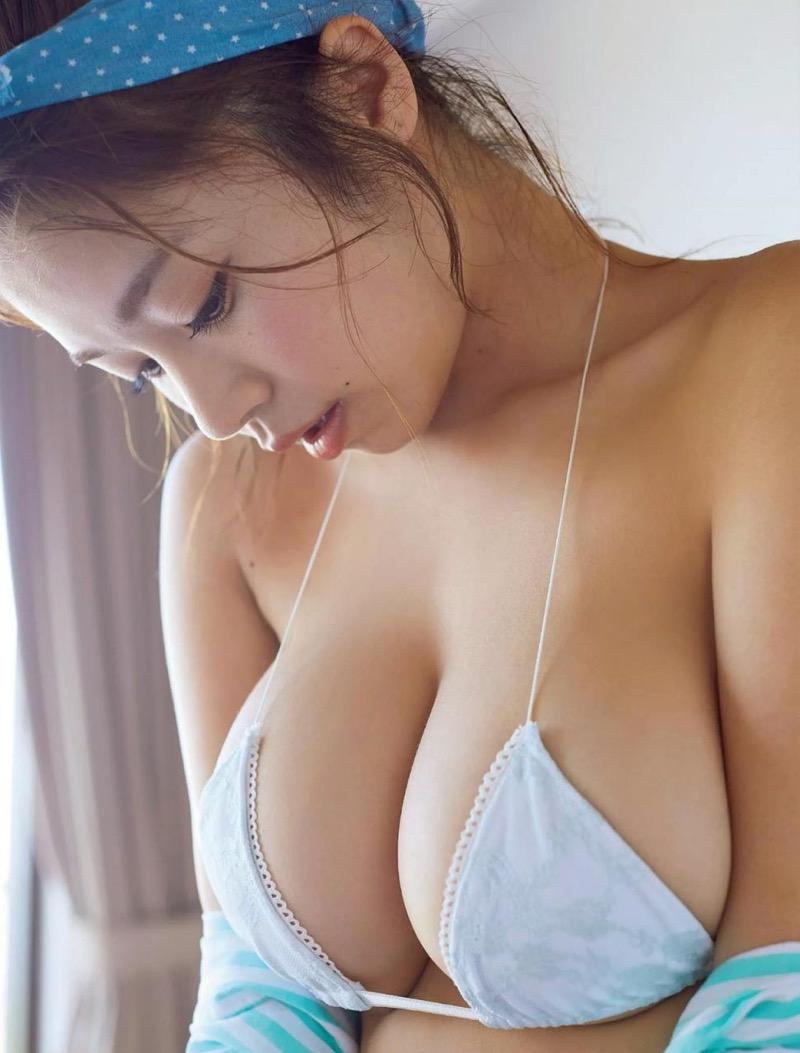 【菜乃花グラビア画像】同居している妹が激似で双子みたいで可愛いと話題の爆乳グラドル 61