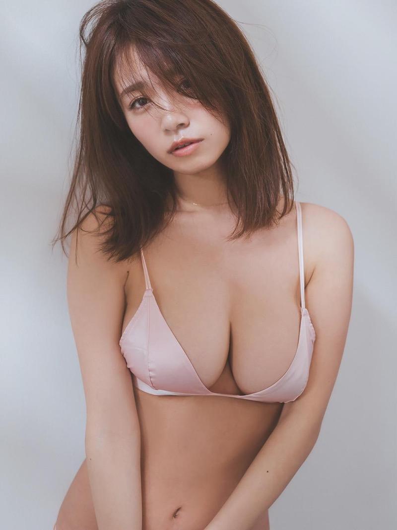 【菜乃花グラビア画像】同居している妹が激似で双子みたいで可愛いと話題の爆乳グラドル 66