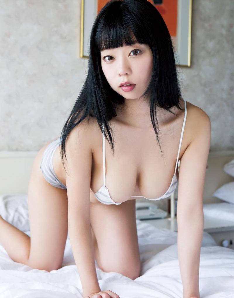 【青山ひかるエロ画像】童顔爆乳のギャップが妙なエロさを醸し出すグラビアアイドル 43