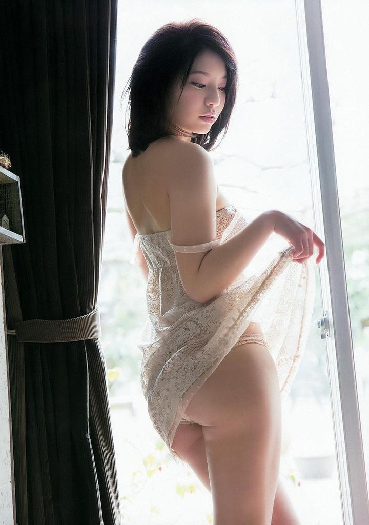 【久松かおりグラビア画像】ビキニが弾けそうな92cmGカップ巨乳ボディがめちゃシコ! 06