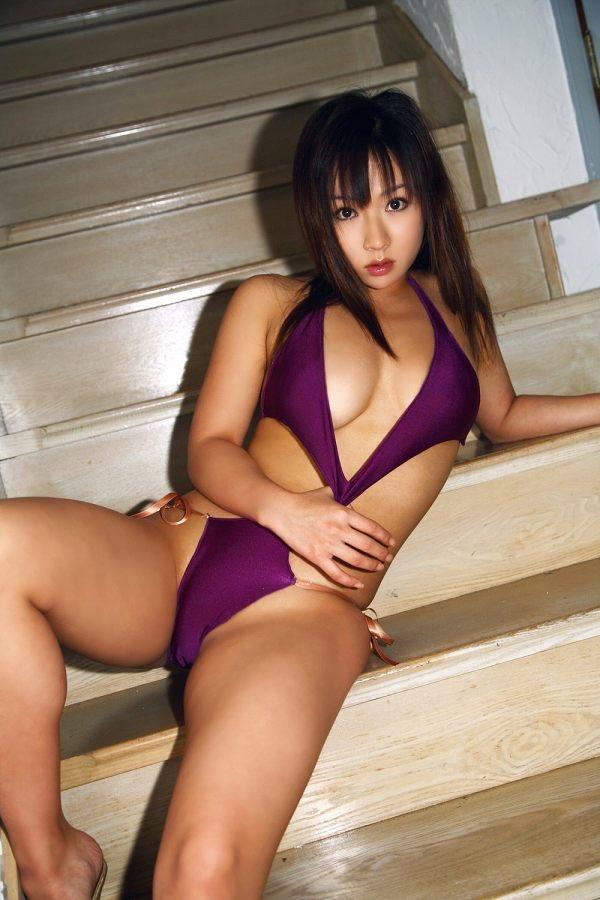 【愛川ゆず季グラビア画像】100cmHカップ爆乳ダイナマイトボディのグラビアアイドル! 47
