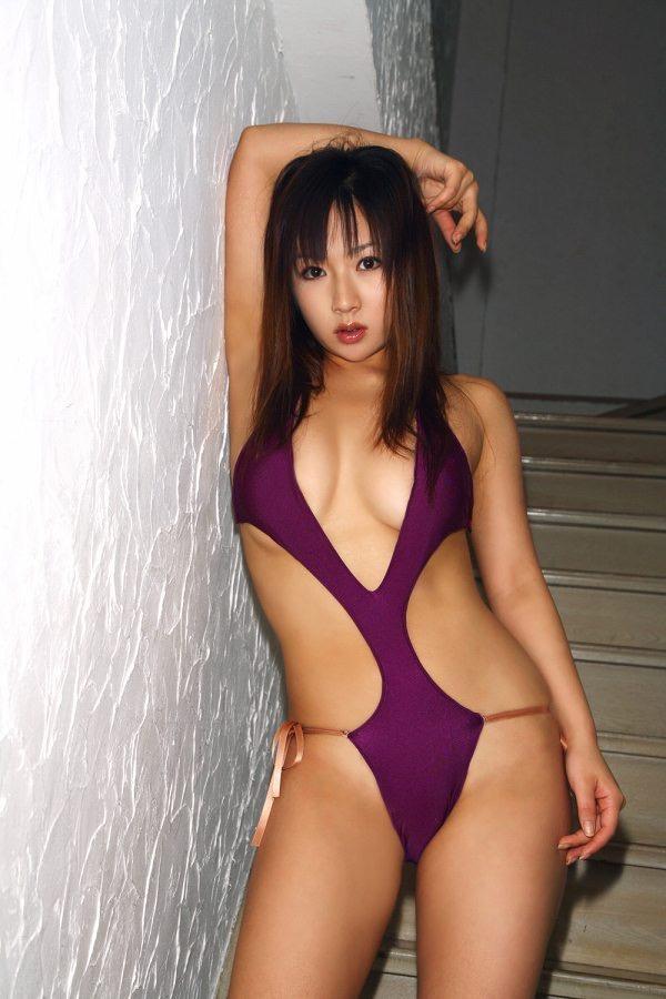 【愛川ゆず季グラビア画像】100cmHカップ爆乳ダイナマイトボディのグラビアアイドル! 48