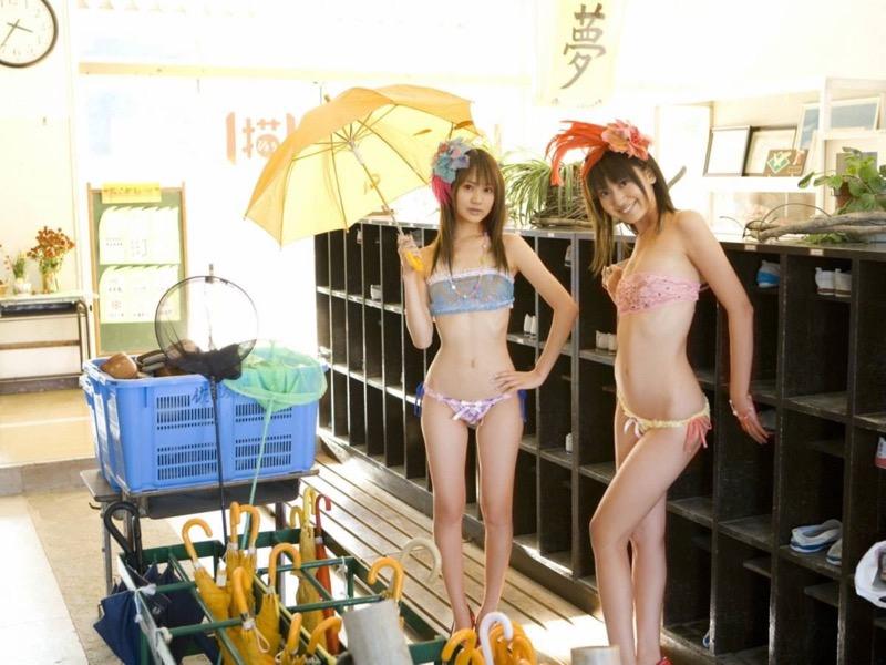 【グラビア姉妹エロ画像】浜田翔子&浜田コウのお茶目でちょっとHなWグラビア画像 21