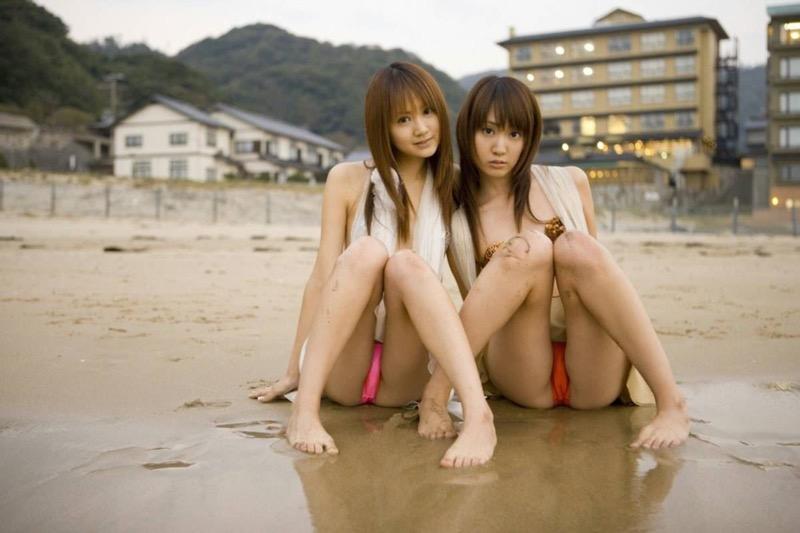 【グラビア姉妹エロ画像】浜田翔子&浜田コウのお茶目でちょっとHなWグラビア画像 45