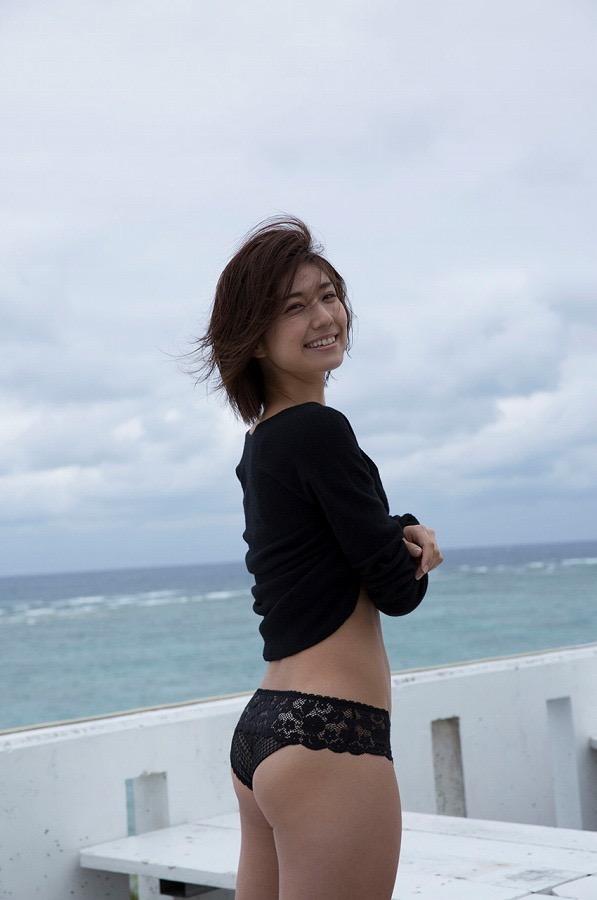 【藤木由貴グラビア画像】可愛い笑顔とめちゃシコボディが最高過ぎるレースクイーン美女! 10