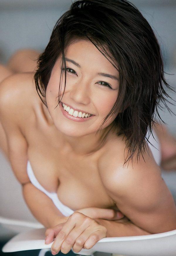 【藤木由貴グラビア画像】可愛い笑顔とめちゃシコボディが最高過ぎるレースクイーン美女! 54