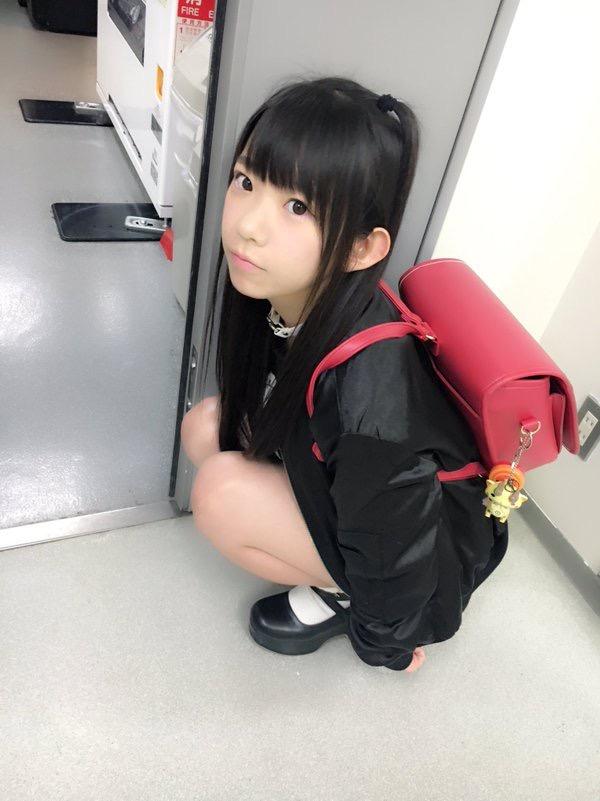 【長澤茉里奈エロ画像】ランドセルが似合いすぎて危ない合法ロリ巨乳のグラビアアイドル 05