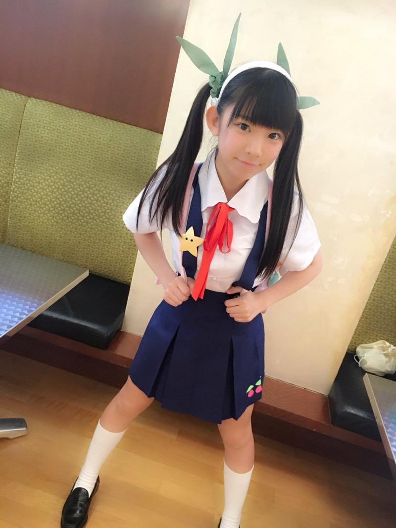 【長澤茉里奈エロ画像】ランドセルが似合いすぎて危ない合法ロリ巨乳のグラビアアイドル 10