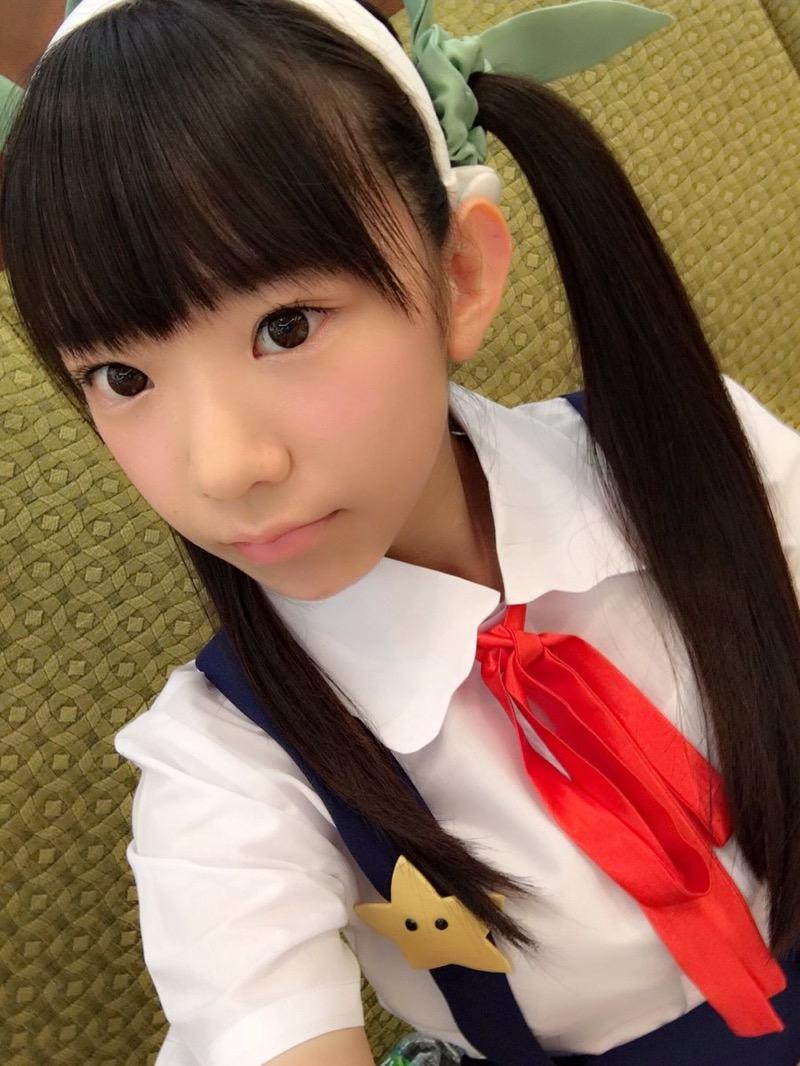 【長澤茉里奈エロ画像】ランドセルが似合いすぎて危ない合法ロリ巨乳のグラビアアイドル 12