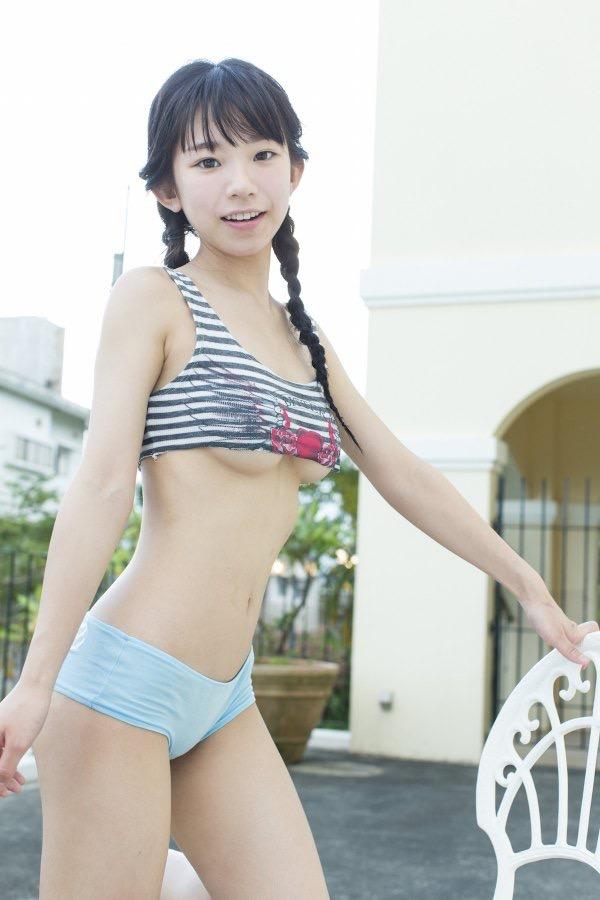 【長澤茉里奈エロ画像】ランドセルが似合いすぎて危ない合法ロリ巨乳のグラビアアイドル 20